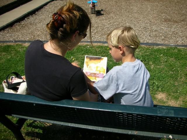 絵本で楽しむ子育てゆるゆる英語 超簡単フレーズ23選!
